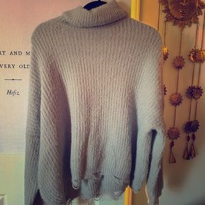 Gray thick turtle neck sweater